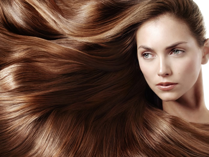 Cause e cura dei capelli secchi