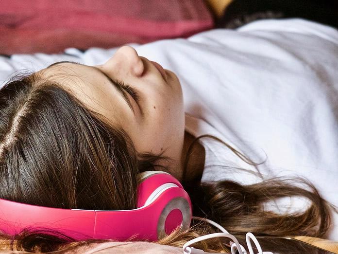 Perdere peso dormendo con audiolibro