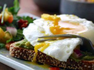 Quante uova si possono mangiare a settimana?